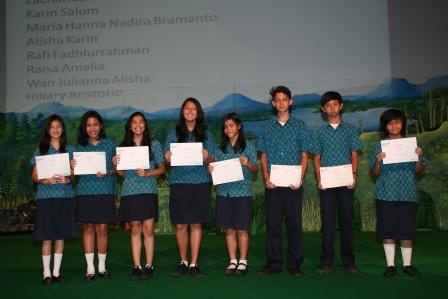 Multiple Award Winners Academic Excellence GJIS 2012 Semester One2