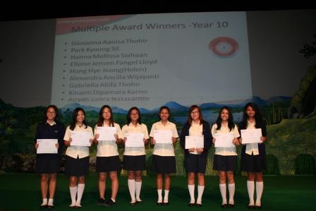 Multiple Award Winners Academic Excellence GJIS 2012 Semester One5