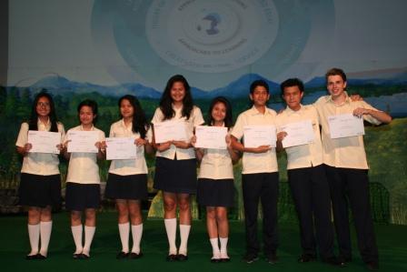 Multiple Award Winners Academic Excellence GJIS 2012 Semester One7
